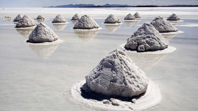 Salar de Uyuni, Bolivia (Wikimedia)