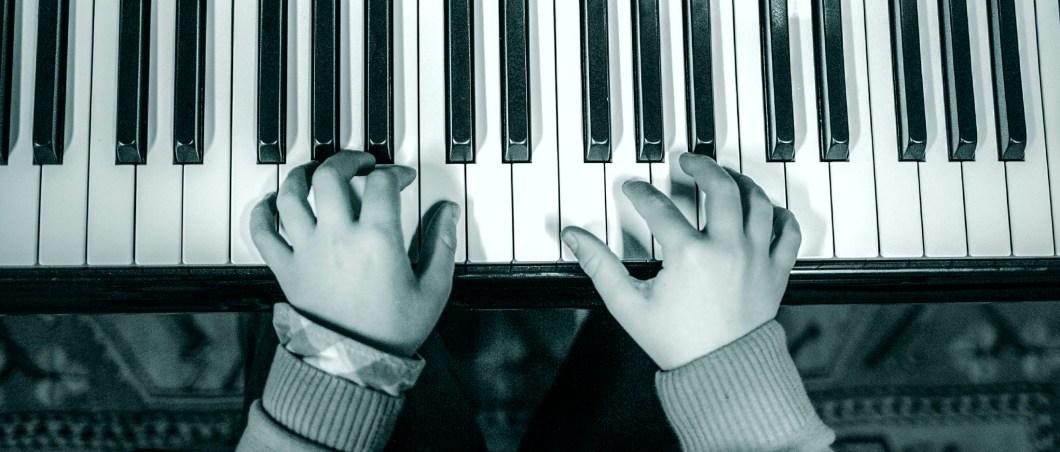 dedos-piano-2