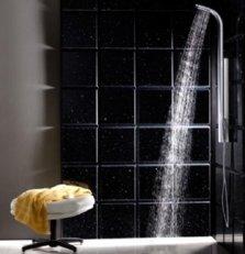 différence colonne douche en inox et en aluminium