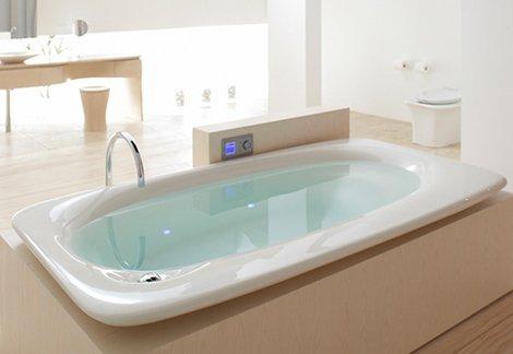 baignoire blanche en acrylique