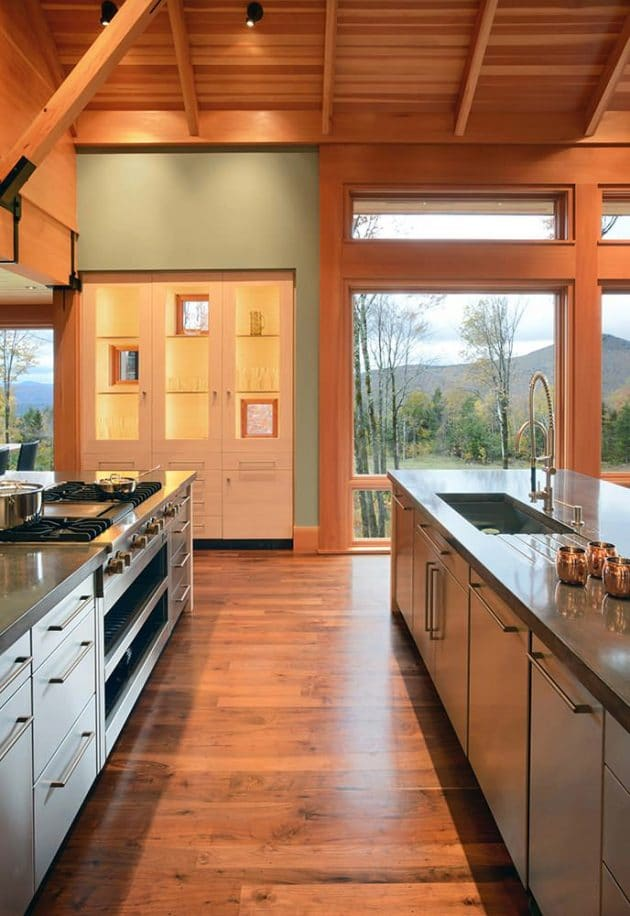 Souce: https://www.marvin.com/plan/inspiration-gallery/case-studies/vermont-mountain-house-1140