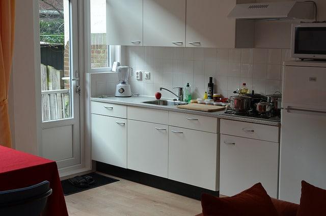 Comment amnager une petite cuisine  7 trucs et astuces pour loptimiser