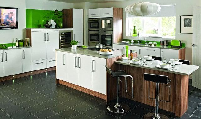 apporter de la couleur dans une cuisine avec le vert