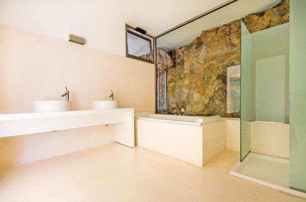 salle-de-bain-mediterraneenne-epuree