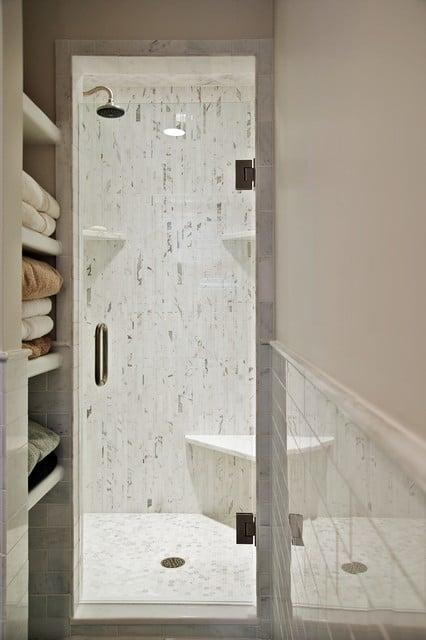 marbre-blanc-douche-italienne