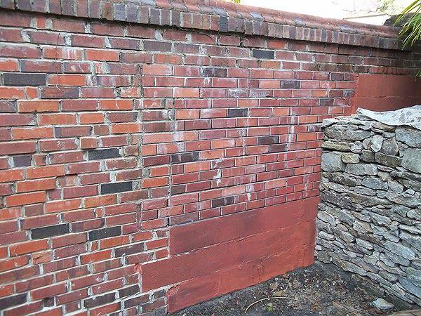 Peindre un mur en parpaing2