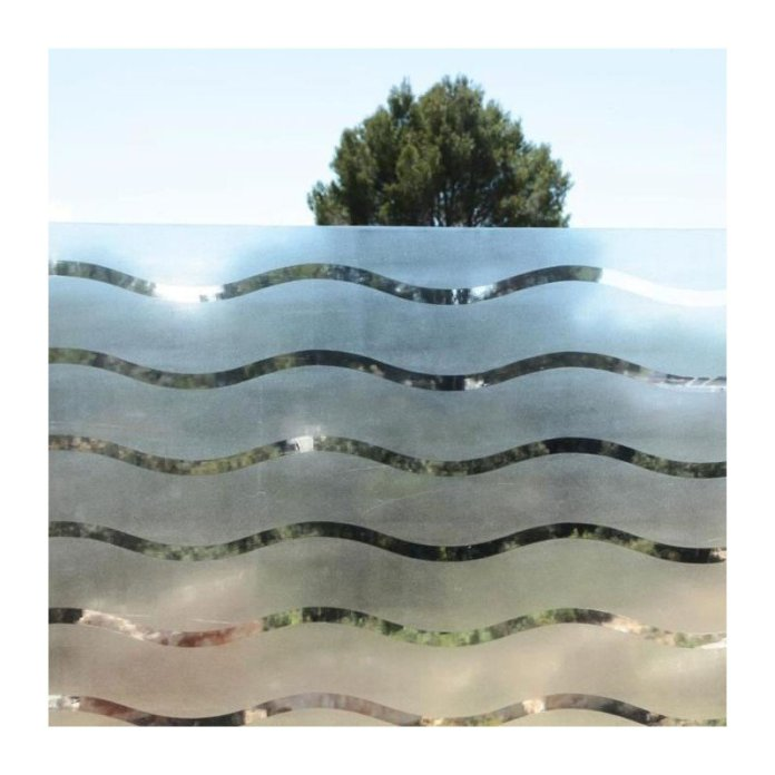 Pour des raisons esthétiques, se protéger du soleil ou préserver son intimité, il y a toujours une bonne raison d'utiliser un film pour vitres.