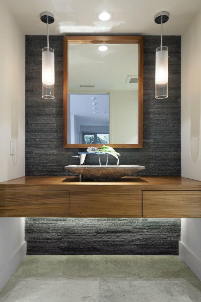 rénover une vieille salle de bain en bois