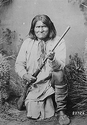 Geronimo Skull & Bones