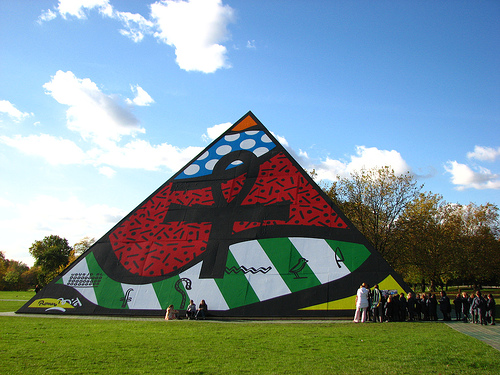 Pyramid Hyde Park