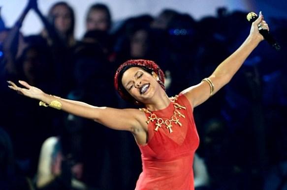 Rihanna Ank