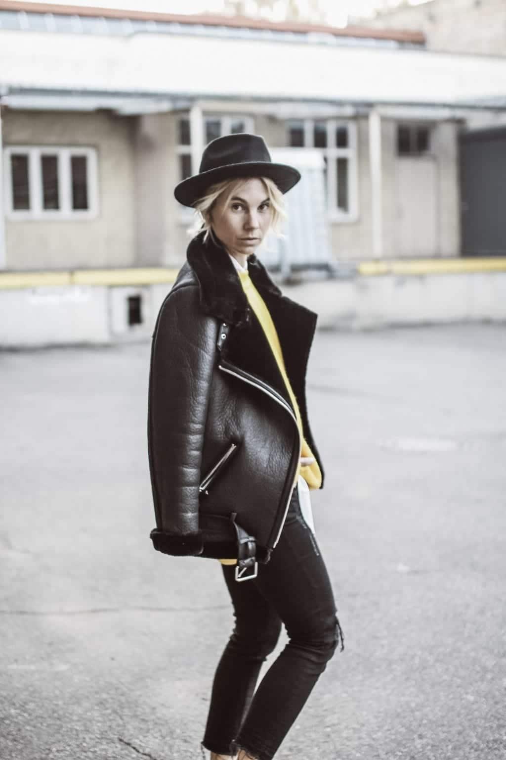 ck-constantlyk-com-karin-kaswurm-lammfelljacke-street-style-fashion-2089