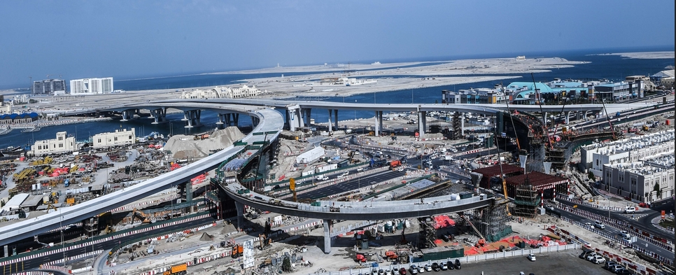 Construction work bridges leading to Deira Islands 75% complete
