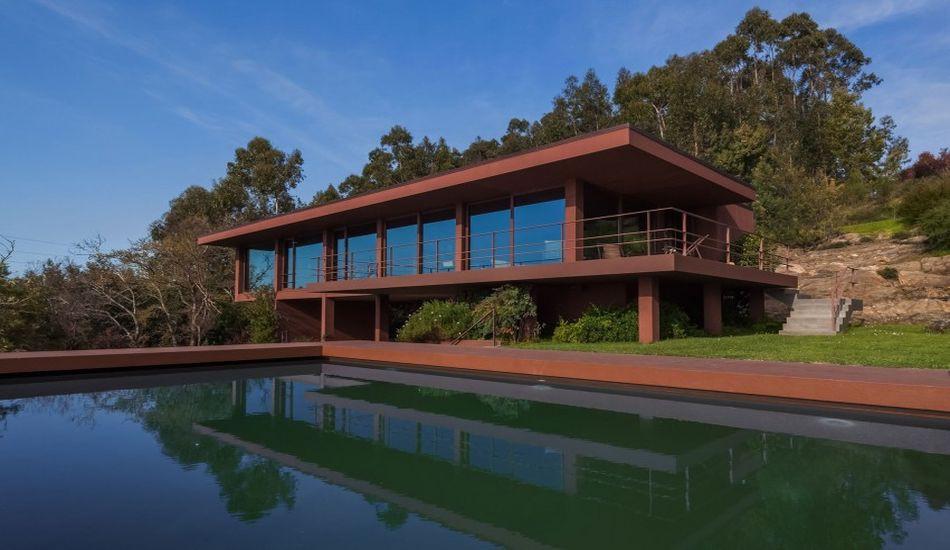 structure en acier et interieur bois