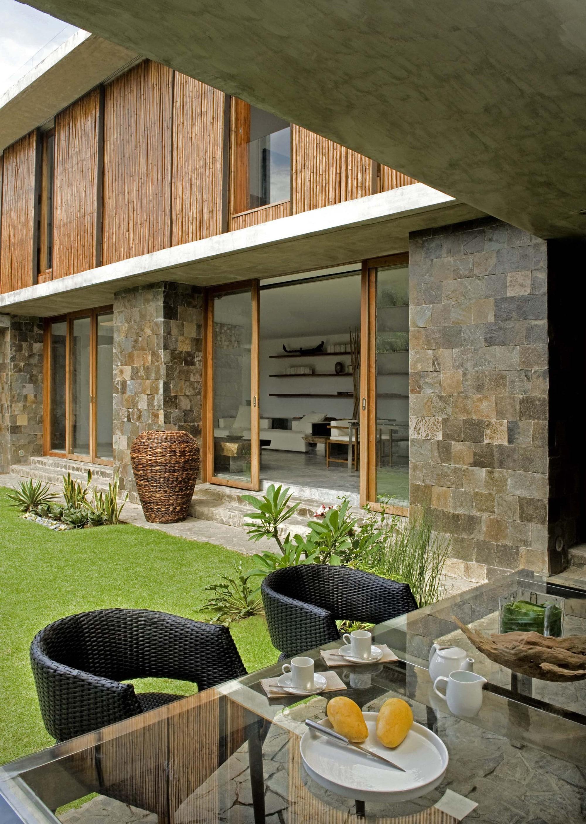Diseo de casa rstica  fachada interiores y planos