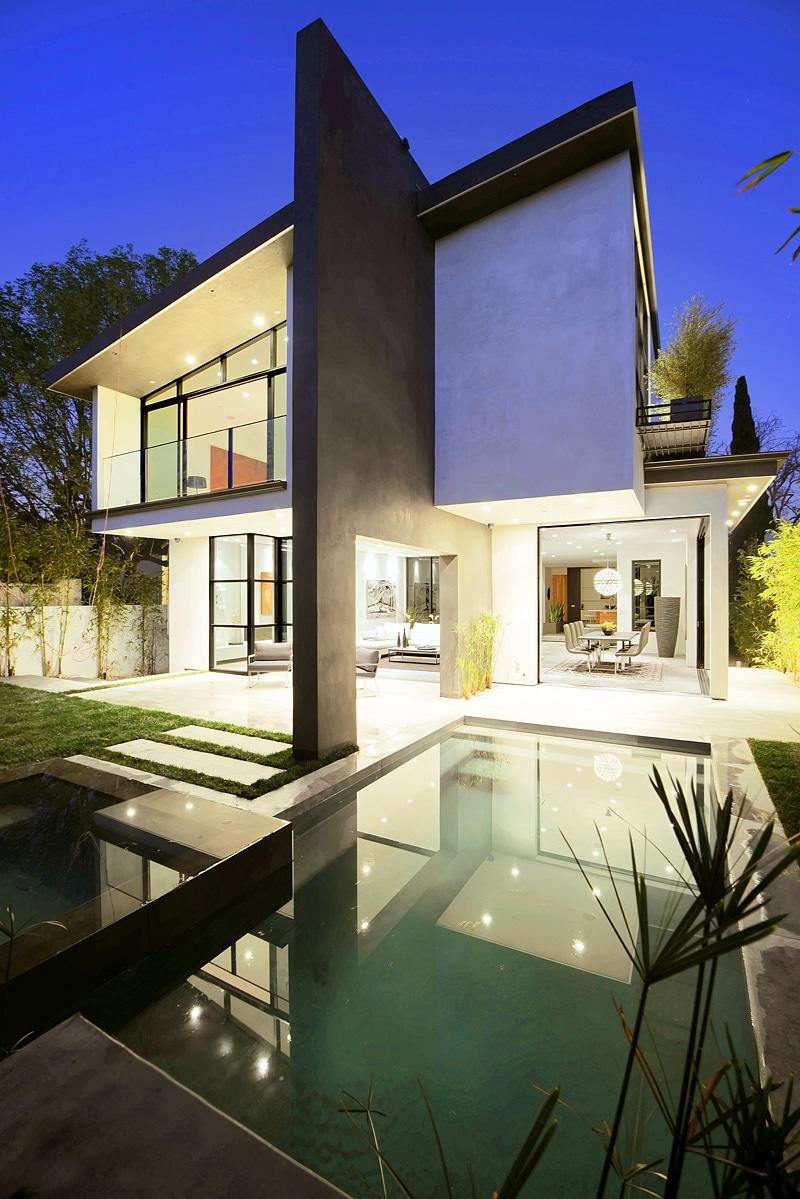 Diseo de casa moderna de dos pisos fachada e interiores