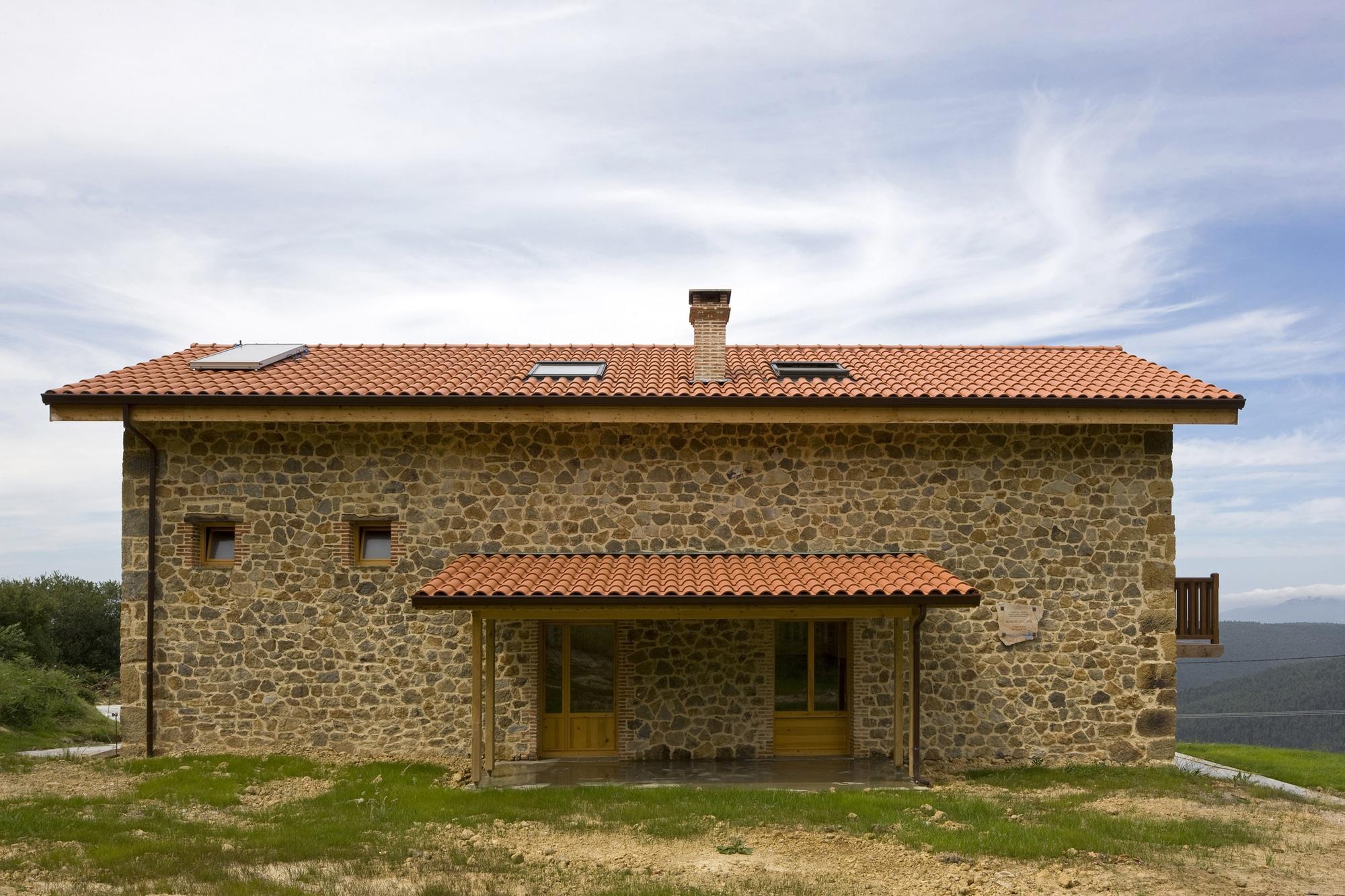 Diseo de casa rstica de piedra planos