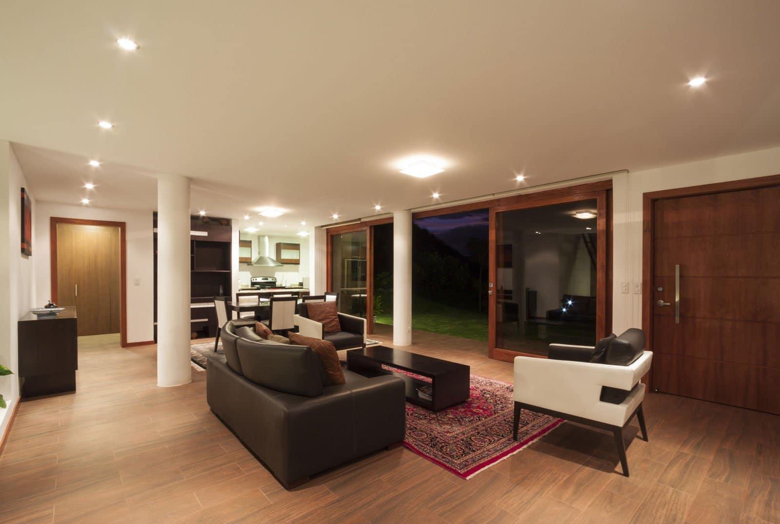 Casa una planta moderna con techo verde