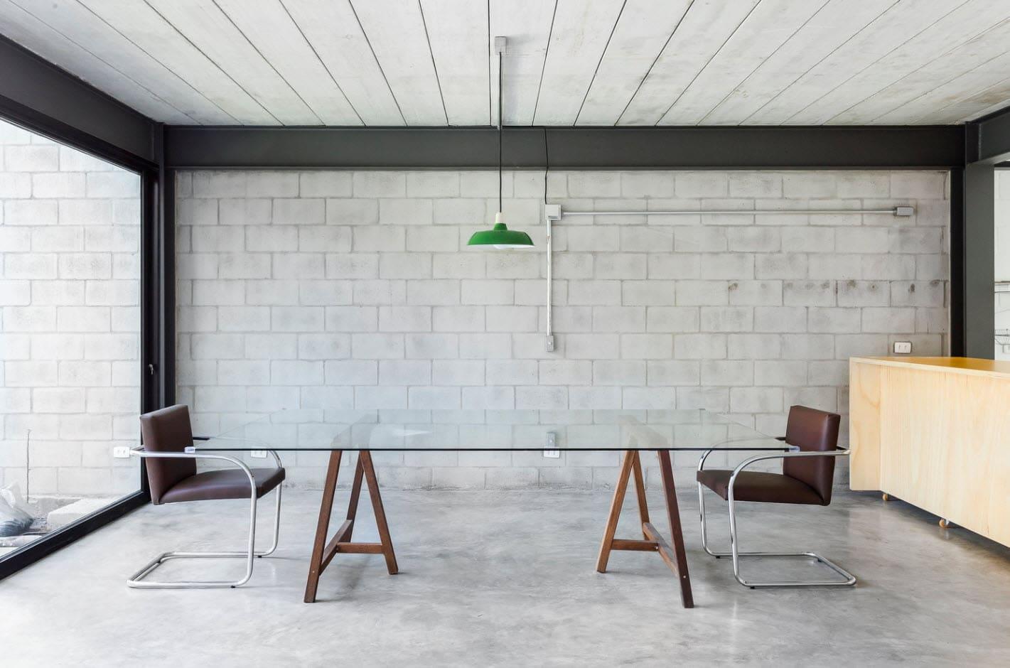 Diseo casa econmica de dos pisos  Construye Hogar