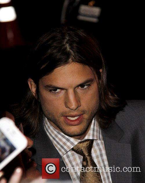 Ashton Kutcher Los Angeles premiere of 'New Year's