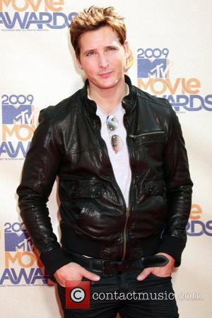 https://i0.wp.com/www.contactmusic.com/pics/mb/mtv_movie_awards_010609/peter_facinelli_5304310.jpg
