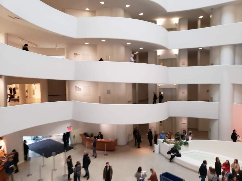 interior del Guggenheim Museum 2