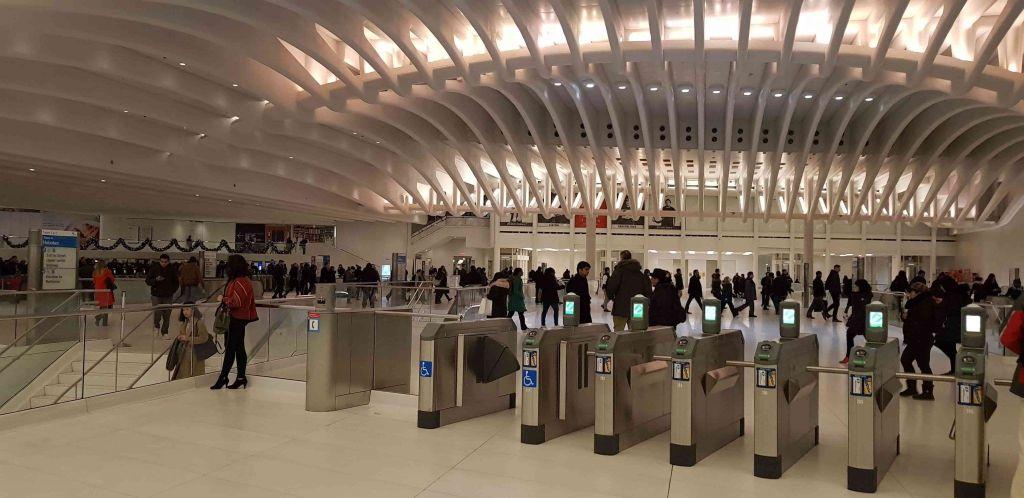 Molinetes del metro en The Oculus
