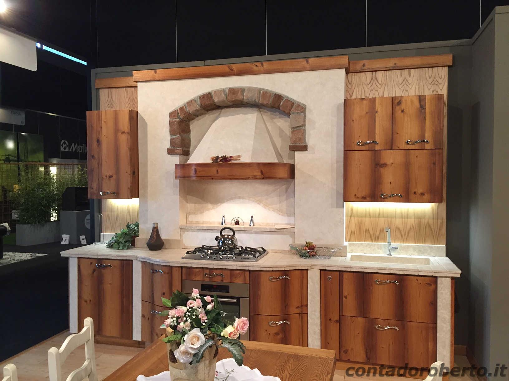 Cucina Moderna in Legno di Larice Vecchio  Contado