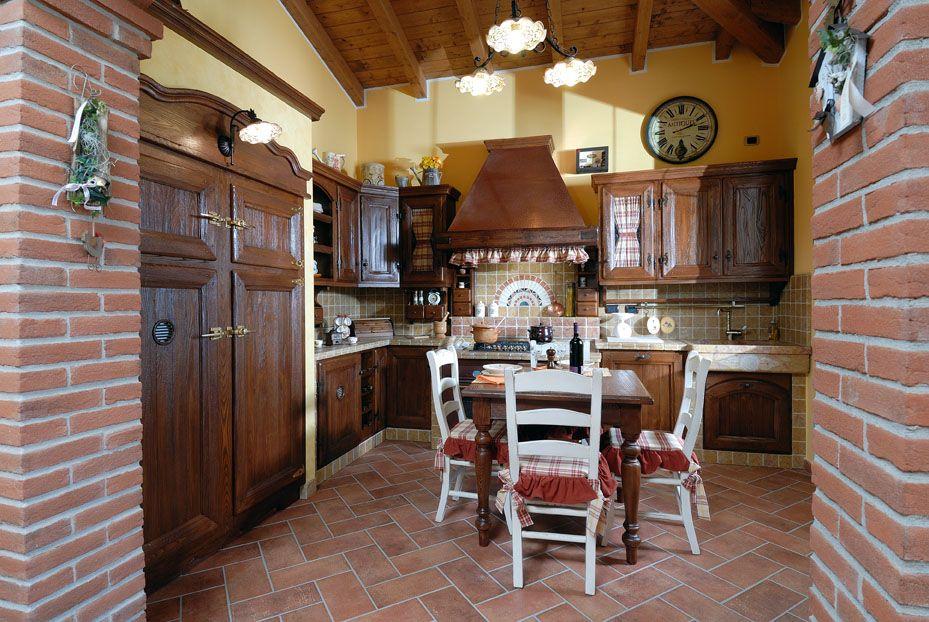 Cucina in Muratura Sabbiata Campagnola  Contado Roberto Group  Cucine e arredamenti su misura
