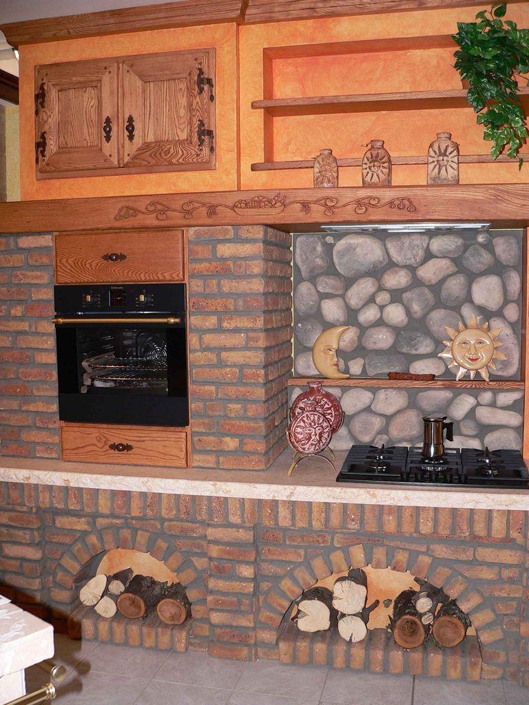Cucina in Muratura baita  Contado Roberto Group  Cucine e arredamenti su misura in legno