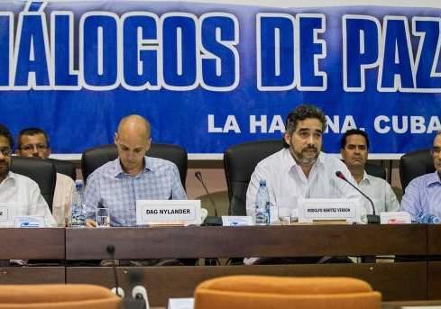 Crímenes de las FARC y el Estado deberán ser esclarecidos con Comisión de la verdad
