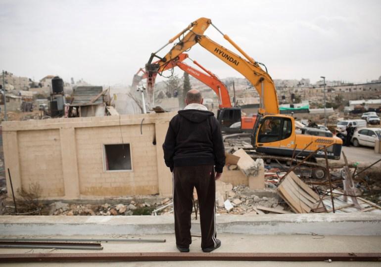 Israel inicia demolición de casas de palestinos