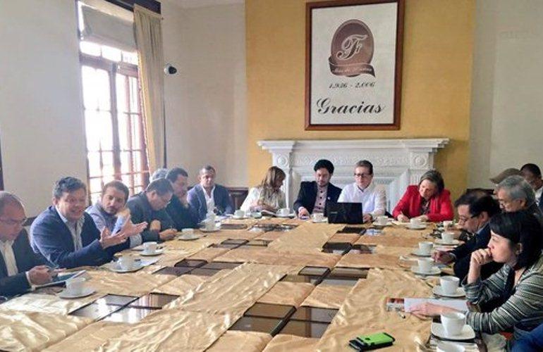 Izquierda colombiana se prepara para las próximas elecciones