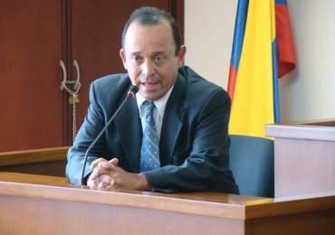 Una vez más suspenden audiencia contra Santiago Uribe