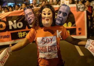 """""""Keiko no va"""" el grito contra la candidatura de la hija de Fujimori"""