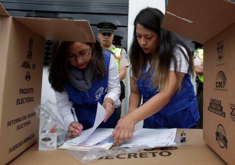 Elecciones presidenciales a segunda vuelta en Ecuador