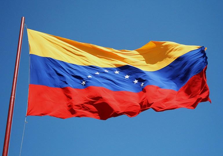 Pese a las tensiones Venezuela marcha en paz