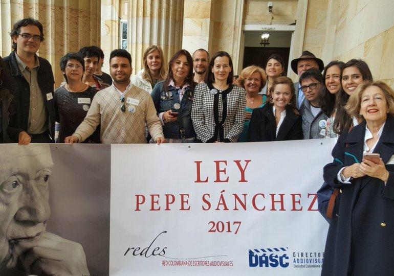 Falta la firma presidencial para que Ley Pepe Sánchez sea una realidad