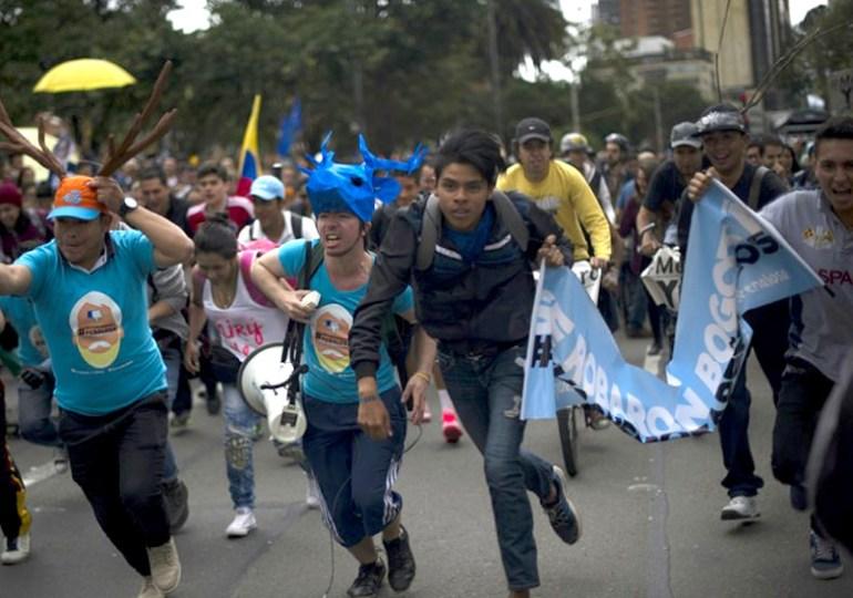 Ante intentos de frenar la revocatoria de Peñalosa los bogotanos debemos salir a la calle: Carrillo