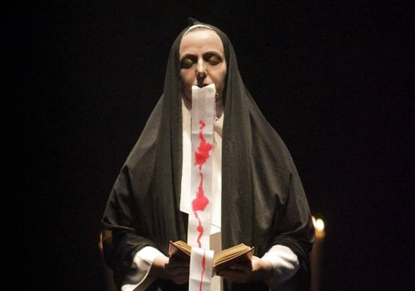 La figura transgresora de Sor Juana Inés de la Cruz en el teatro