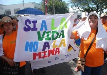 Diciembre 7: Gran movilización nacional en favor de las Consultas Populares