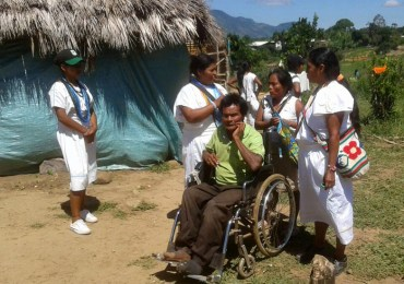 Más de 150 arhuacos en hacinamiento tras desalojo en Pueblo Bello, Cesar