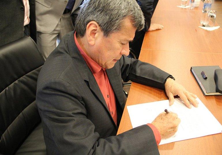 Cese bilateral entre ELN y gobierno Nacional es Histórico: Álvaro Villarraga