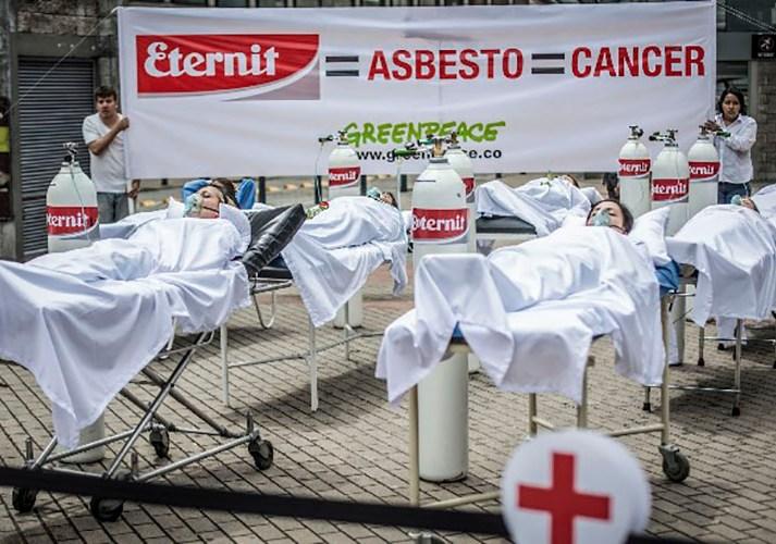 Tras fallo histórico, activistas insisten que asbesto debe ser prohibido