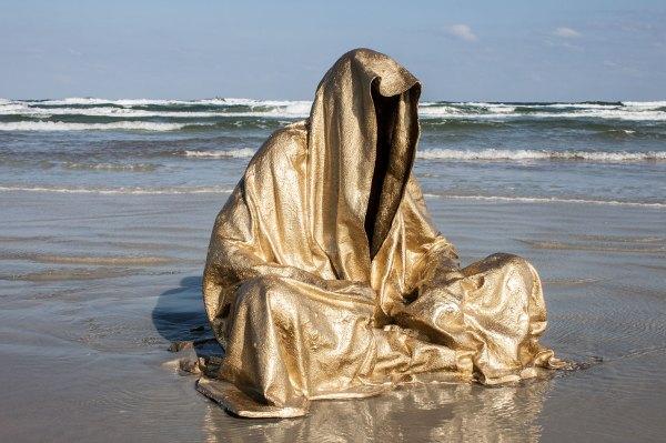 Famous Contemporary Art Sculpture