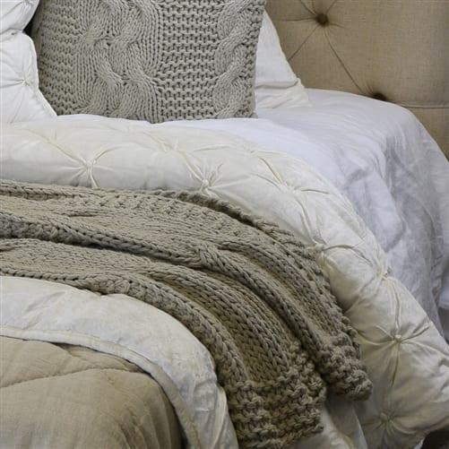 Bella Ivory Comforter | Theo and Joe