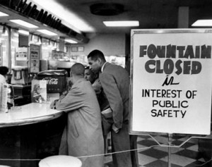 Nashville lunch-counter sit in. Photo: James Garvin Ellis. Available via fair use at https://en.wikipedia.org/wiki/File:Rodney_Powell_Nashville_sit-ins_1960.jpg