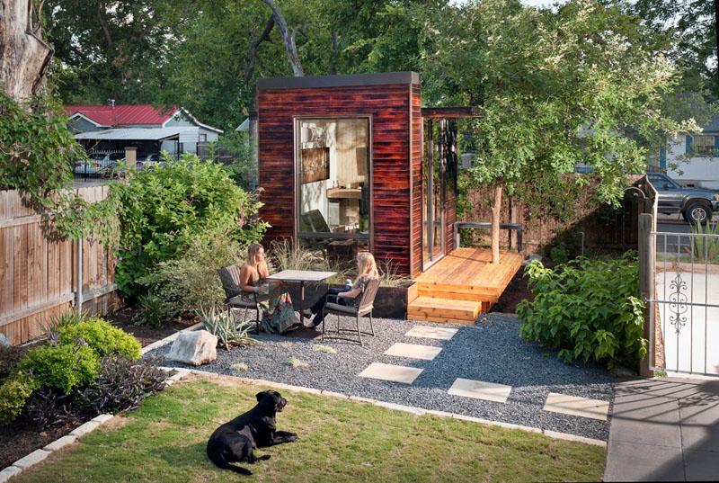92 Square Foot Backyard Office by Sett Studio