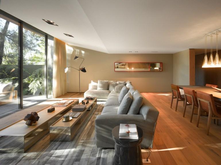 Barrancas House By EZEQUIELFARCA architecture & design