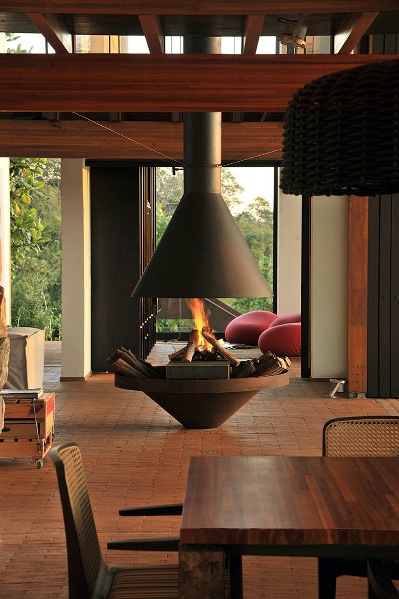 9 Examples Of Freestanding Fireplaces That Make A Statement  CONTEMPORIST
